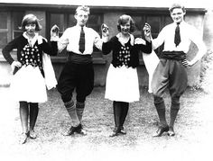 Traditional Irish dancers by jig.ie, via Flickr