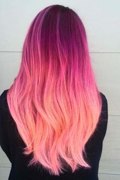 Trendy Hair Color : Pink hair is all the rage. From pretty pastel pink hair to neon pink the sky& Cute Hair Colors, Pretty Hair Color, Hair Color Pink, Hair Dye Colors, Peachy Pink Hair, Ombre Colour, Funky Hairstyles, Pretty Hairstyles, Hairstyle Ideas