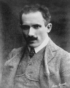 Arturo Toscanini en 1908. Fue un director de orquesta italiano. Uno de los músicos más reconocidos de finales del siglo 19 y 20, conocido por su intensidad, su perfeccionismo, su oído para el detalle y la sonoridad orquestal, y su memoria fotográfica.