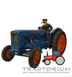Britains 9525 Fordson Super Major Traktor 1/32