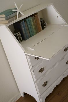 Shabby Secretary Desk & DIY Chalk Paint, have a desk just like this, love this project.