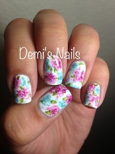 Watercolor Floral Pattern Nails #flowers #nailinspiration