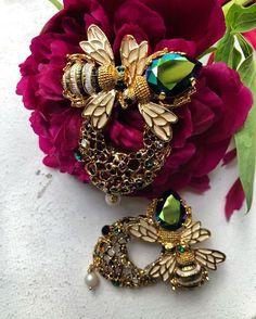 Honeybees earrings created with Swarovski crystals by TRIA ALFA Cute Earrings, Swarovski Crystals, Bee, Brooch, Babies, Jewellery, Pearls, Inspired, Nature