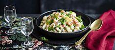Perinteinen venäläinen salat olivier on majoneesipohjainen perunasalaatti, joka sisältää mm. broileria, ravunpyrstöjä, kananmunaa ja herneitä. Noin 2,65€/annos* Pasta Salad, Potato Salad, Potatoes, Ethnic Recipes, Food, Crab Pasta Salad, Potato, Essen, Meals