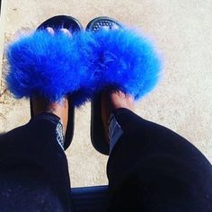 fbdbe07f43c1a8 Just do it Nike Blue faux fur slides