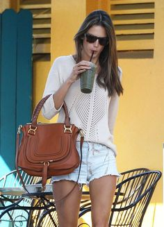 Alessandra Ambrosio knows how to dress for spring!