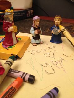 Wise Men being sneaky in the night. Great Family Tradition! www.travelingwisemen.com