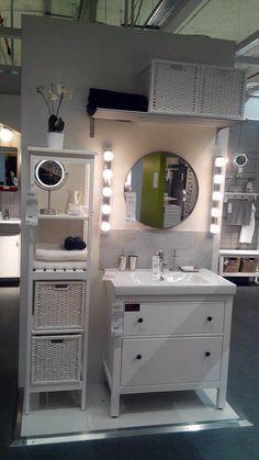 Paris Franța, Ikea Bathroom, Bathroom Ideas, Bed N Bath, Self Serve, Ikea Bed, Ikea Ideas, Small Homes, Ikea Hacks