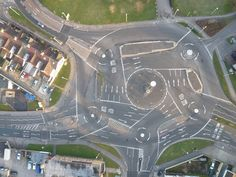 Roundabout Of Roundabouts funny lol humor funny pictures funny photos funny images hilarious pictures Magic Roundabout, Michigan, British Things, Tumblr Funny, The Funny, I Laughed, Shanghai, Fun Facts, Random Facts