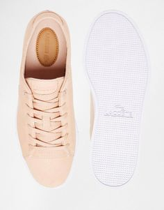 86e90979aaf Lacoste Showcourt Lace 3 Nude Leather Sneakers