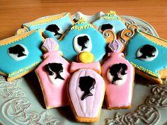 カメオシリーズのクッキーにしてみました - 70件のもぐもぐ - アイシングクッキー by まな