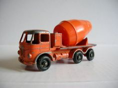 """Vintage 1960s Toy Truck Lesney Matchbox I had this truck and it came in a cardboard """"matchbox."""""""