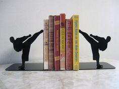 Karate Martial Arts Taekwondo Metal Bookends by want the outline on my wrist! Taekwondo, Jiu Jitsu, Learn Krav Maga, Boxing Workout, Aikido, Mixed Martial Arts, Yoga, Self Defense, Kickboxing