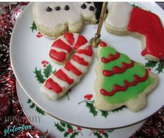 Christmas Sugar Cookies Gluten Free and Dairy Free – If you are looking for an easy gluten free sugar cookie cut out recipe then here it is! These delicious and chewy gluten free cut out sugar cookies are my go-to for every single holiday! Dairy Free Sugar Cookie Recipe, Vegan Sugar Cookies, Gluten Free Sugar Cookies, Gluten Free Cookie Recipes, Gluten Free Desserts, Gluten Free Christmas Recipes, Gluten Free Christmas Cookies, Holiday Cookies, Christmas Desserts