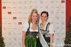 4. Weinviertler Winzerball   Wein4tlerin: Miss Weinviertel 2012 Tanja Dworzak & Miss Weinviertel 2013 Sophie Scherak