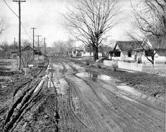 From the Archives: A muddy mess at 11th and Fort in 1949