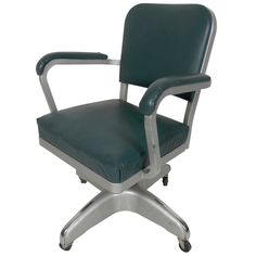 Exceptionnel Handsome Vintage Industrial Cole Steel Desk Chair
