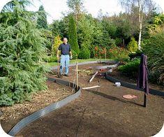 Aanleggen van een vijver uitleg met bijhorende foto's zelf vijver ontwerpen Sidewalk, Gardens, Places, Google, Side Walkway, Outdoor Gardens, Walkway, Walkways, Garden