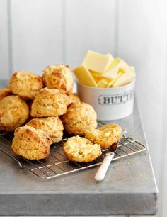 Looking for a scone recipe? Want to make cheese scones? Try our best scones including cheese scone recipes, fruit scones and ingredients for scones Chef Recipes, Scone Recipes, Baking Recipes, Dessert Recipes, Dessert Dishes, Desserts, Drink Recipes, Asian Recipes, Cheese Scones
