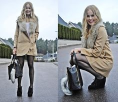 RAINY SUNDAY PUT UP A SMILE (by Frida Johnson) http://lookbook.nu/look/2730183-RAINY-SUNDAY-PUT-UP-A-SMILE
