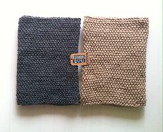 Clásicos cuellos de dos vueltas en gris oscuro y tierra de Bufandas With Style