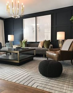 Design & Photo by  Victoria Tonelli  |  Hale Navy  by  Benjamin Moore Navy Living Rooms, Home Living Room, Interior Design Living Room, Living Room Designs, Living Room Decor, Black Interior Design, Living Room Lighting, Paint Colors For Living Room, Interior Photo