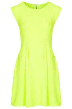 Thank you @Topshop for showing me I need a neon flippy dress in my life this spring...SO cute!