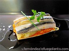 Spanish Tapas, Food Design, Fine Dining, Seafood Recipes, Catering, Appetizers, Food And Drink, Menu, Fish