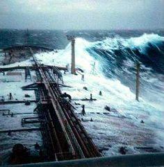 Huge wave splashing over the bow of a tanker ship. Giant Waves, Big Waves, Ocean Waves, Edmund Fitzgerald, Tanker Ship, Gordon Lightfoot, Great Lakes Ships, Dame Nature, Yachts