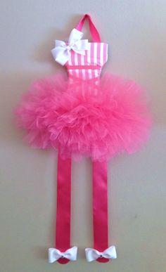 Ballerina/tutu bow and barette holder