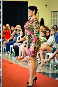 """Plussize fashion shows are hot in Brazil. Almost every weekend een fashion show is held (even in the smallest/remote towns). In contrary to many other countries, curvy models gain recognition and are treated like """"super stars"""" in Brazil."""