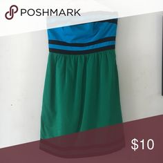 The Limited - Strapless Dress side zip, straight skirt bottom The Limited Dresses Strapless
