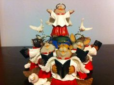 """CHARMING TAILS """"A CHOIR OF ANGELS SING"""" ADORABLE...WITH ORIGINAL BOX!! - http://collectiblefigurines.net/charming-tails/charming-tails-a-choir-of-angels-sing-adorable-with-original-box/"""