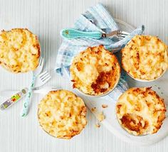 Toddler recipe: Mini shepherd's pies Bbc Good Food Recipes, Pie Recipes, Baby Food Recipes, Family Recipes, Recipes Dinner, Toddler Meals, Kids Meals, Toddler Food, Toddler Recipes