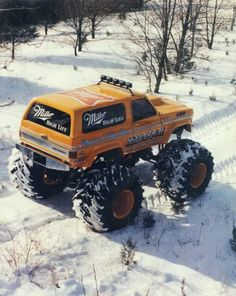lifted suv #Liftedtrucks Lifted Chevy Trucks, Gm Trucks, Chevrolet Trucks, Diesel Trucks, Cool Trucks, Pickup Trucks, Chevy 4x4, 1957 Chevrolet, Chevrolet Impala