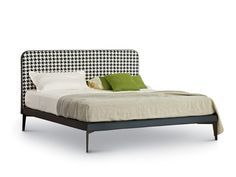 Double bed with upholstered headboard SUITE by arflex design Ellen Bernhardt, Paola Vella