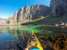 An adventure for all the family, explore Norways' beautiful Lofoten Islands. Kayaking, hiking, rock-climbing and so much more, be prepared for adventure. Lofoten, Les Fjords, Beautiful Places, Beautiful Pictures, Beautiful Scenery, Kayaking Tips, Western Coast, Kayak Camping, Bushcraft Camping