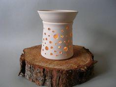 Jahreszeitentisch - Windlicht Aromalampe aus Keramik /Duftlampe - ein Designerstück von fair-y-like bei DaWanda
