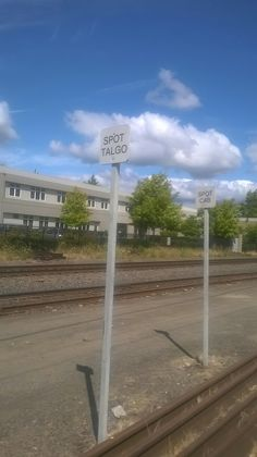 Cabbage Car and Talgo Train Spot Sign Set at Eugene