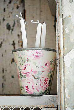 Vintage pink roses...