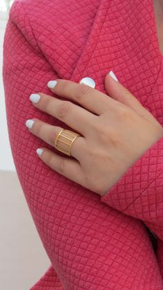 Dramatic Gold Adjustable Ring Fashion Jewelry by HLcollection