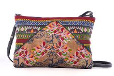Gitta Embroidered Cross body bag. Leather Embroidery Techniques, Leather Crossbody Bag, Drawstring Backpack, Diaper Bag, Throw Pillows, Cross Body, Bags, Culture, Crafts
