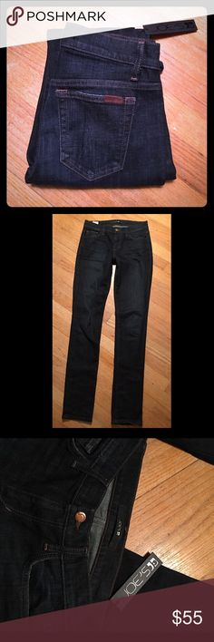 """🍒JOE'S Jeans🍒 Straight leg size 25 New with tags, size 25. They fit like a skinny straight. Inseam is 34"""". Gorgeous dark rinse jeans that are a go-to in your closet! Joe's Jeans Jeans"""