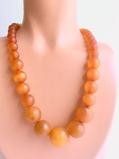 Bakelite Necklace Prystal Apple Juice Graduated Beads - product image