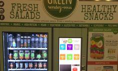 Vanaf+nu+kan+je+een+gezonde+salade,+drankje+of+snack+meenemen+op+de+eurostartrein.+In+de+wachtzaal+van+Eurostar+in+Londen+staat+een…