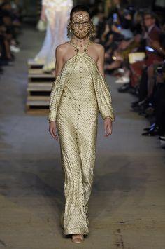Givenchy SS16 runway - Image 36