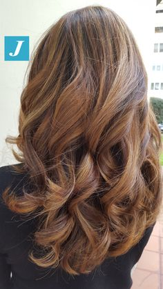 Degradé Joelle Caramel&Honey #cdj #degradejoelle #tagliopuntearia #degradé #igers #musthave #hair #hairstyle #haircolour #haircut #longhair #ootd #hairfashion