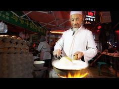 Muslim Chinese Street Food Tour in Lanzhou China Halal Chinese, Real Chinese Food, Chinese Street Food, Asian Street Food, Best Street Food, Halal Snacks, Halal Recipes, Halal Meals, Singapore Food