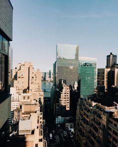 Missing the city feels.  #photography #nikon #d3400 #explorebc #instagoodmyphoto #2instagoodportraitlove #nyspots  #justgoshoot #thevisualscollective #exploretocreate #peoplescreatives #visualsoflife #passionpassport #theoutbound #worldtravelbook #nyc #newyorkcity #cityvibes #manhattan http://tipsrazzi.com/ipost/1504788182129078621/?code=BTiFOECAnFd