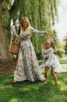 Feminine, timeless and modest clothing for you and your mini. Mommy Daughter Dresses, Mom And Daughter Matching, Mommy And Me Dresses, Mother Daughter Fashion, Mommy And Me Outfits, Mom Dress, Mom Daughter, Little Girl Dresses, Girls Dresses